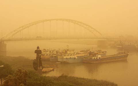 تعطیلات خوزستان خاکی است