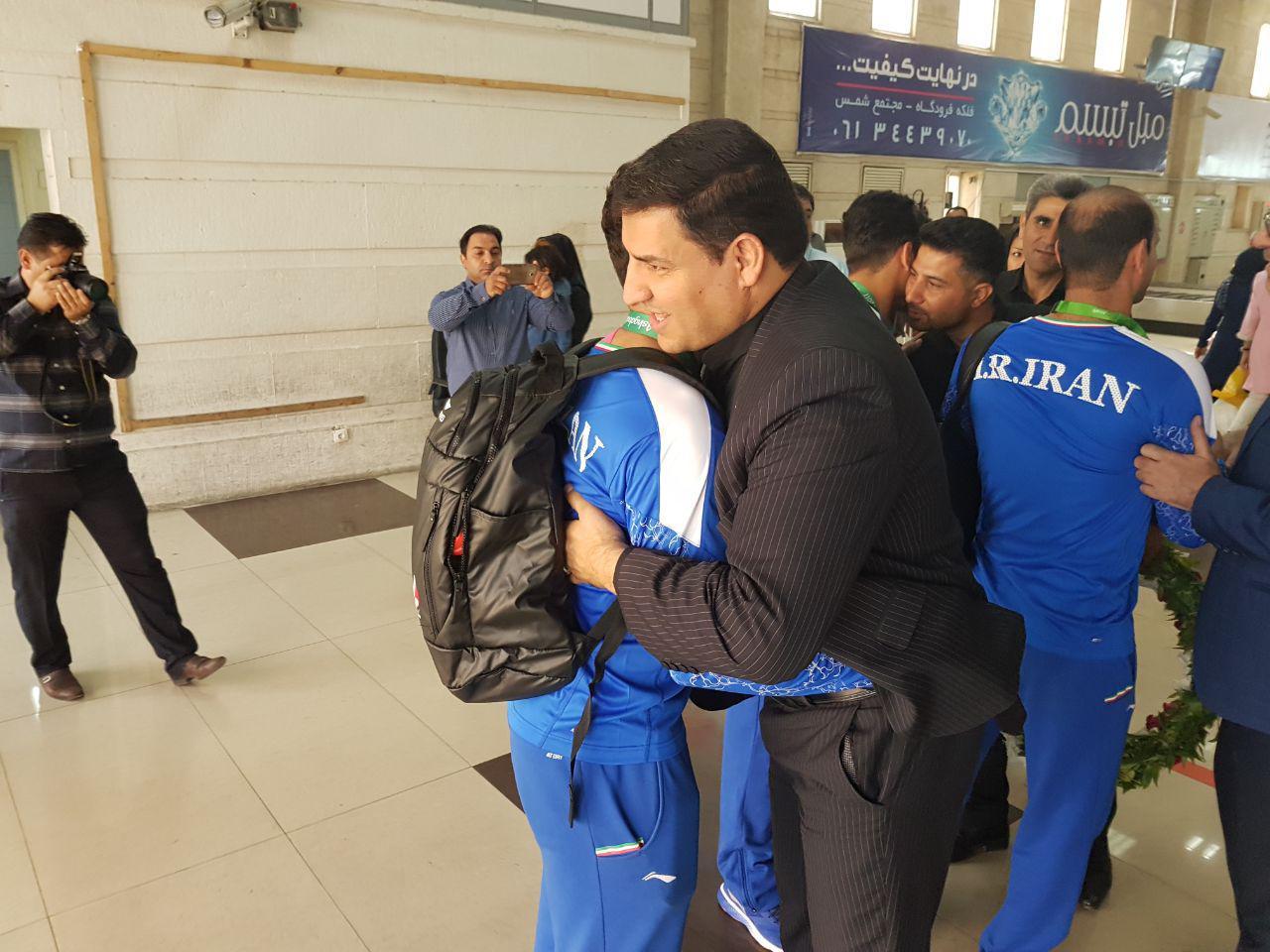 هیئت فوتبال استان بازگشت بانوان فوتسالیست را اطلاع رسانی نکرد!