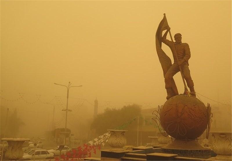 توده گرد و غبار از عراق وارد خوزستان می شود