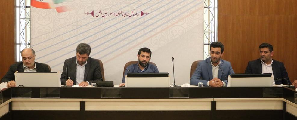 دفاع از رئیس جمهور صیانت از آراء مردم است/وضعیت آب شرب خرمشهر و آبادان  نگران کننده است
