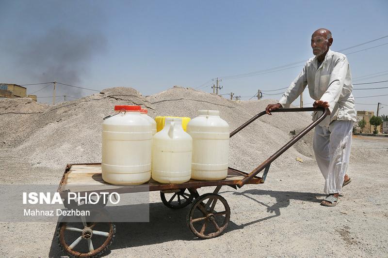 """""""آب نمک"""" روی زخمهای ۳۸ ساله آبادان و خرمشهر"""