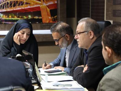 نشست  مشترک  مسوولین استانی و محلی با مدیرعامل شرکت آبفا اهواز با موضوع بررسی مسائل اب و فاضلاب  اهواز برگزار شد