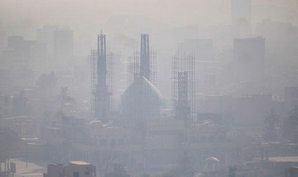 دود دیشب اهواز را خفه کرد / شعلهور شدن یک کانون جدید در بخش عراقی هورالعظیم