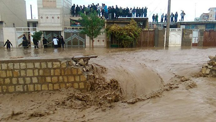 وزارت بهداشت درباره خطر نشت مواد شیمیایی در سیلاب هشدار داد