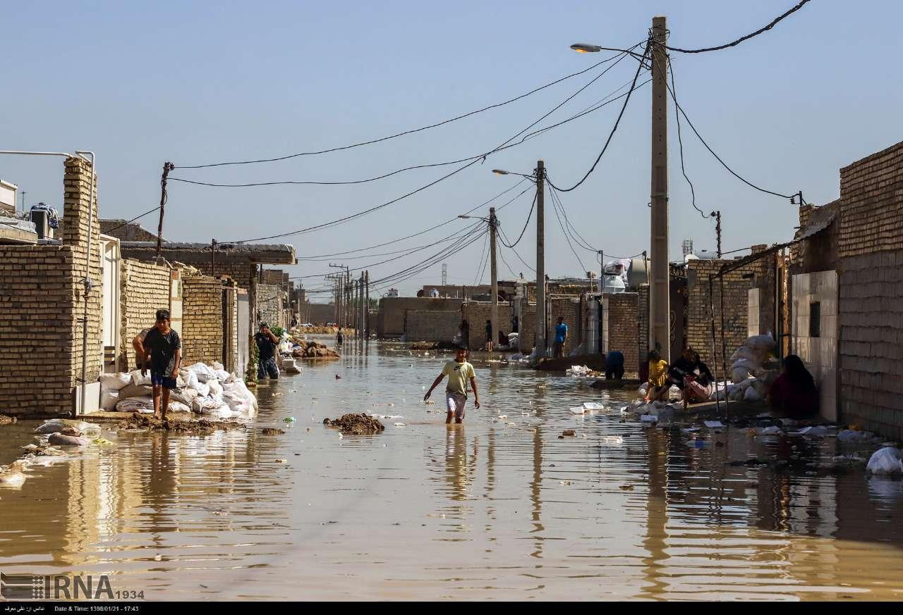 صلیب سرخ جهانی به ۳۰ هزار خانوار سیلزده کمک مالی میکند