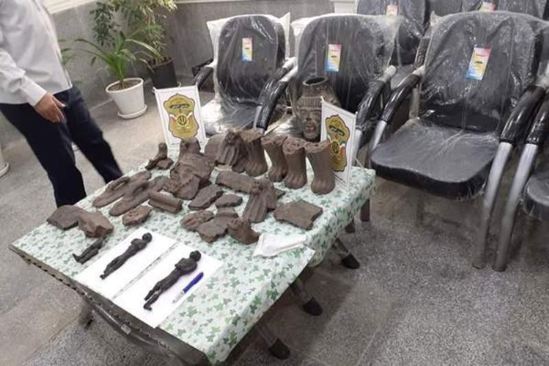 مجسمه مومیایی حین معامله غیرمجاز در دزفول کشف شد