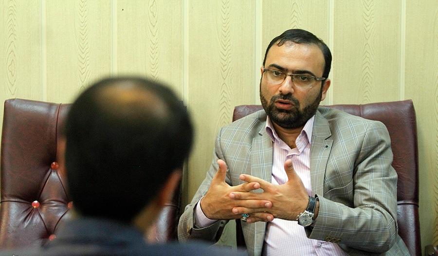 برخی افراد شایسته و جهادی در خوزستان شرایط سمت شهرداری اهواز را نداشتند
